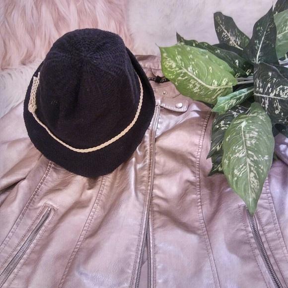 Accessories - New Black Hat